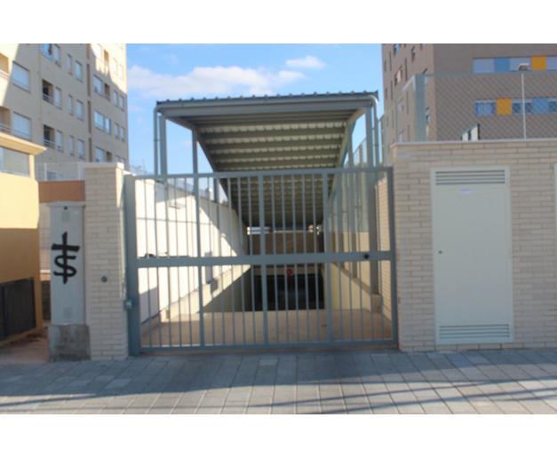 11puertas-y-accesos-garajes.jpg
